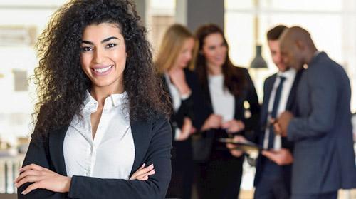 خصوصیاتی که زنان را در رهبری، پیروز تر از مردان می نماید