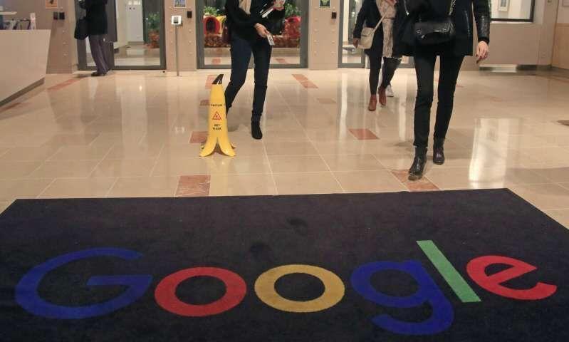 خبرنگاران شرکت گوگل 56 میلیون دلار جریمه شد