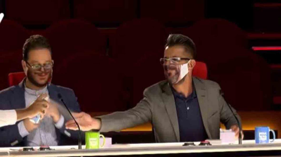ترس امین حیایی از عواقب کنده شدن ماسک سید بشیر حسینی