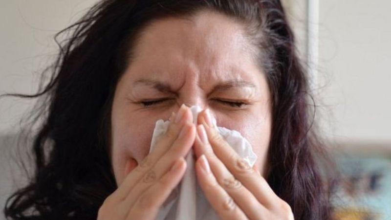 سرماخورده ام، آنفلوآنزا گرفته ام یا کرونا؟