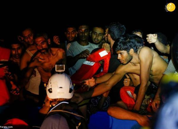 نجات 395 پناهجو از خطر غرق شدن