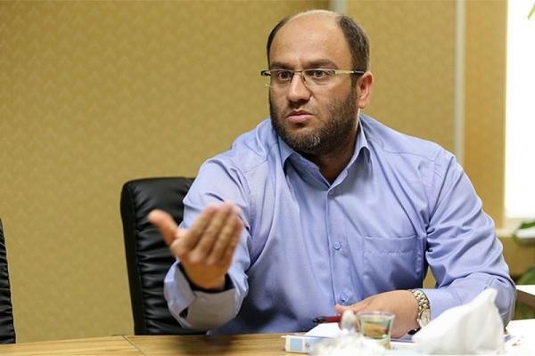 دادفر: وزارت صمت صنعت خودروسازی را با خاک یکسان می نماید